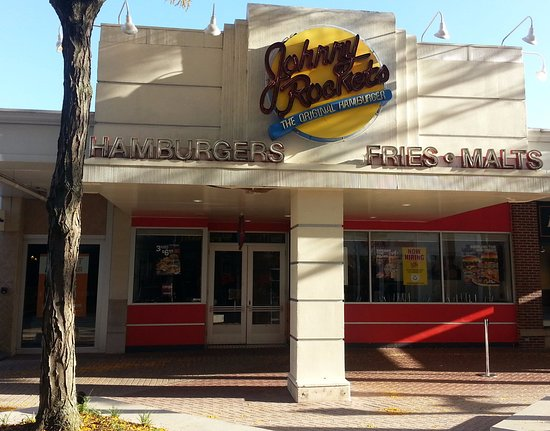 Entrance for Johnny Rockets