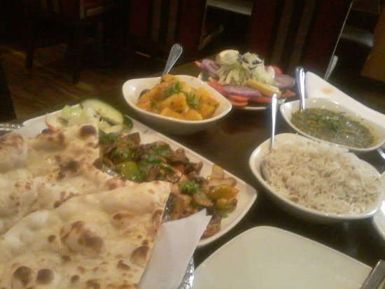 Restaurants turan bar indian tapas restaurant in welwyn for Food bar hadfield