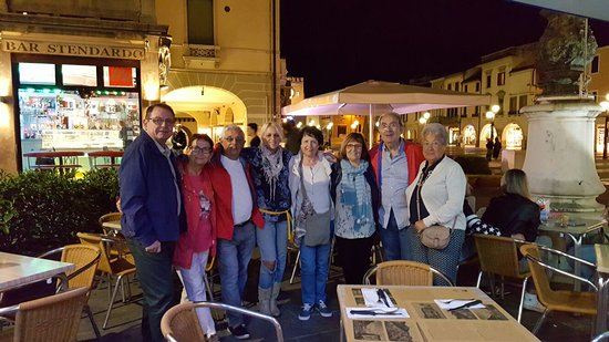 Foto En La Terraza De La Piazza Ferretto Picture Of Bar