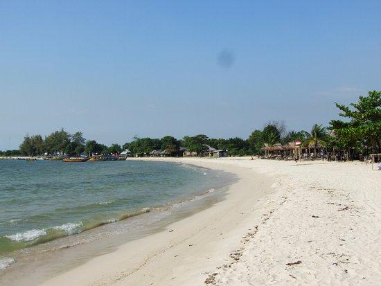 Palm Beach Resort : plage peu de touristes