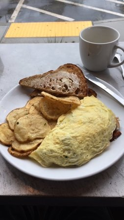 Amherst, MA: Bacon, Mushroom, Onion and Goat Cheese Omelet