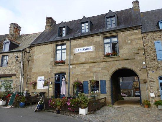 Photo of Le Manoir Bazouges-La-Perouse