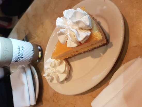 The Cheesecake Factory: 20161009_123503_large.jpg