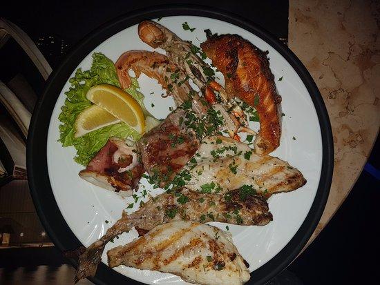 Piverone, Włochy: grill pesce