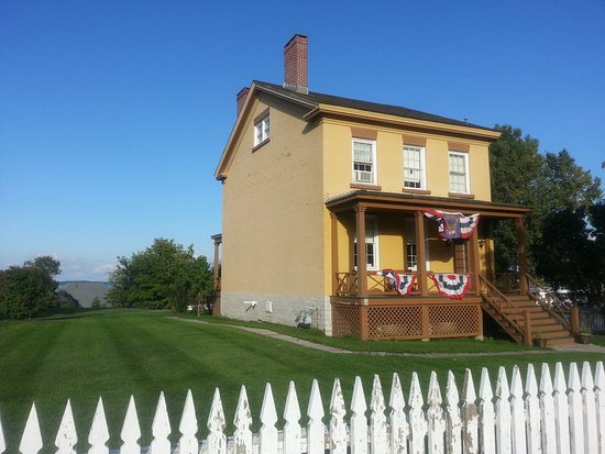 Sackets Harbor Battlefield State Historic Site: One of the historic houses on the site
