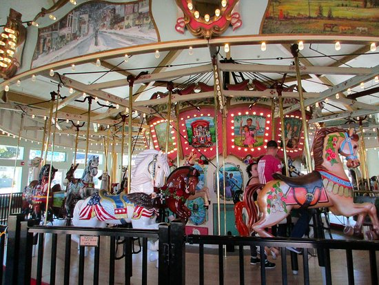 Pittsfield, MA: Carousel spinning