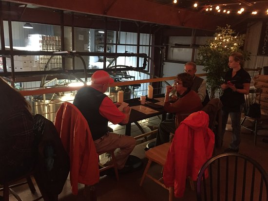 Boothbay, Maine: The Watershed Tavern at the Boothbay Craft Brewery