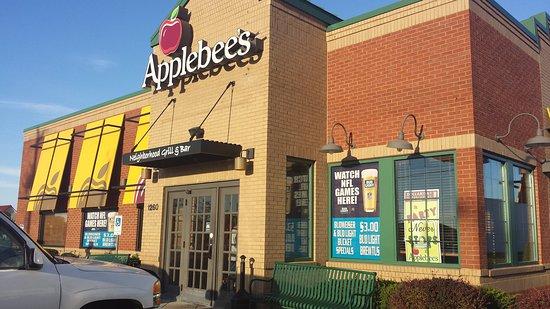 Sikeston, MO: Applebee's