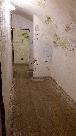 Hotel Zum Turken WWII Bunkers : bullet holes?
