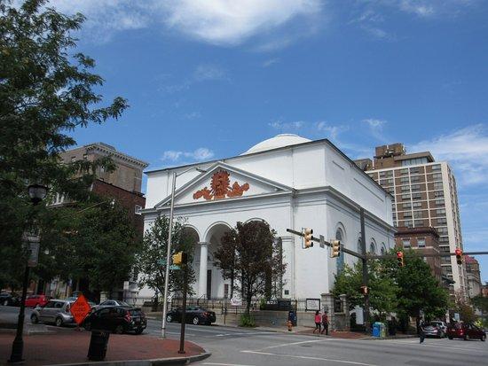 Mount Vernon Cultural District : 1st Unitarian Church of Baltimore