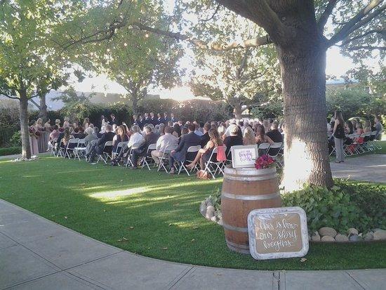Private garden wedding at McHenry Mansion, Modesto