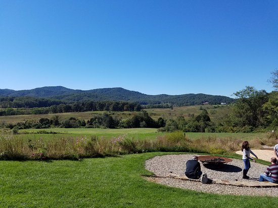 North Garden, VA: One of the spectacular views.