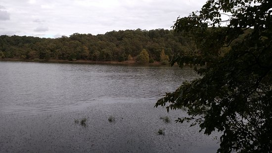 Park Hills, MO: Monsanto lake (at end of Lake View Trail)
