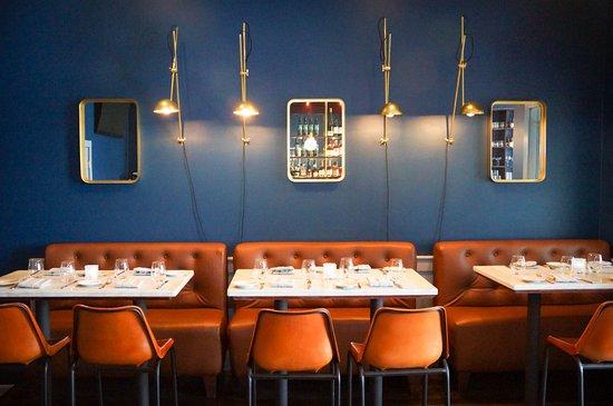 Roslyn, NY: Bar Tables