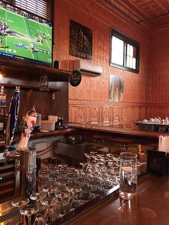 Potsdam, État de New York : The bar, looking right from where I sat
