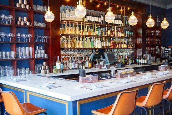 Roslyn, Nowy Jork: Bar