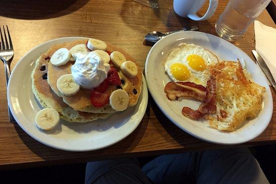 Denny's: Great Breakfast