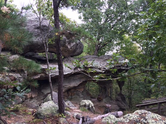 Sainte Genevieve, MO: Neat Geological Features