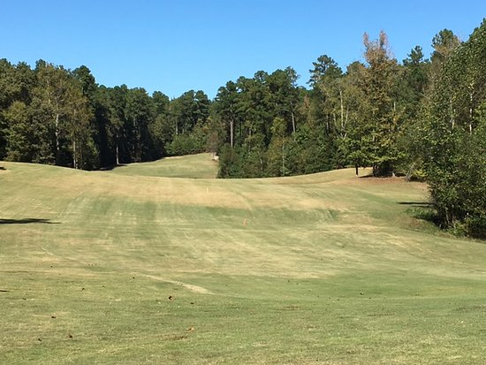 Henderson, TN: Looking back up a par 5
