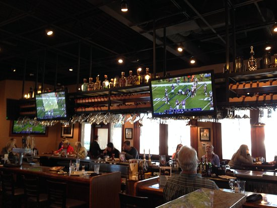 Granite City Food & Brewery: Vikings game viewable from the entire restaurant.