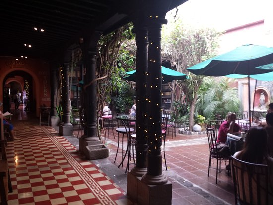 Cafe Condesa: dinner location