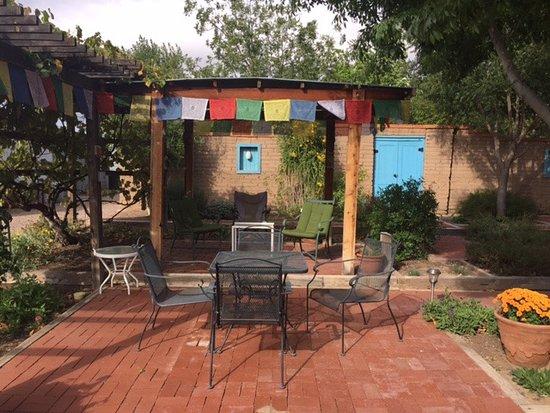 San Antonio, Nuovo Messico: Back courtyard.
