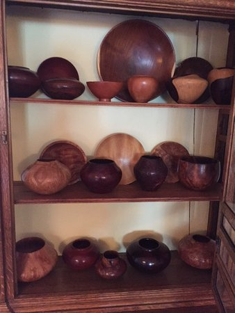 San Antonio, NM: Turned wood vessels made by one of the proprietors, for sale. Gorgeous!