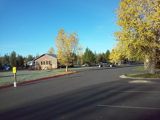 Yellowstone Grizzly RV Park: 20161009_083720_large.jpg