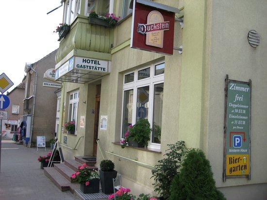 Malchow, Allemagne : Restaurant Außenansicht