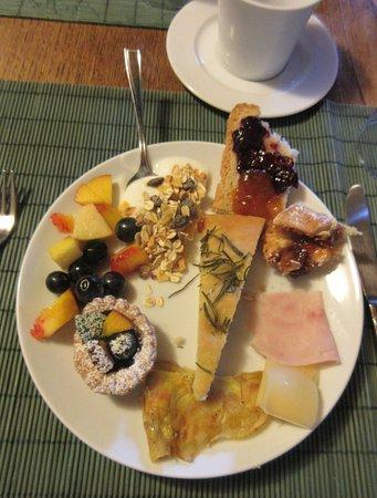 Agriturismo Marciano: Yummy breakfast