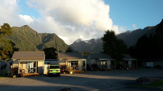 Fox Glacier TOP 10 Holiday Park: 20161009_192926_large.jpg