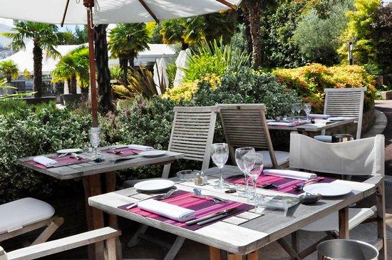 La Chapelle-sur-Erdre, França: restaurant Ailleurs terrasses