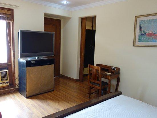 Harry's Bed and Breakfast: room 5 second floor