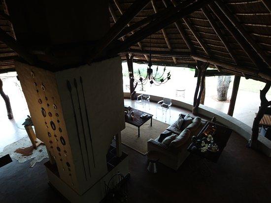 Itaga Luxury Private Game Lodge: Living Area