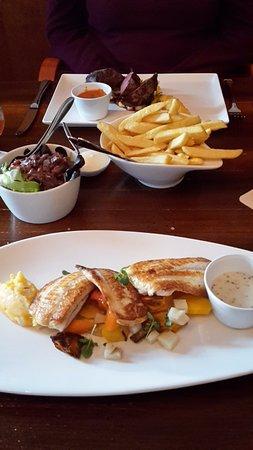 Zevenbergen, Países Bajos: vis en biefstuk