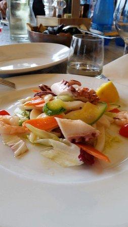 Spiaggia 10 e lode foto di ristorante aloha beach - Bagno aloha marina romea ...