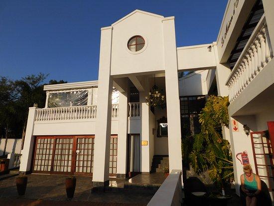 La Maison d'Hotes: Guest House Eingang