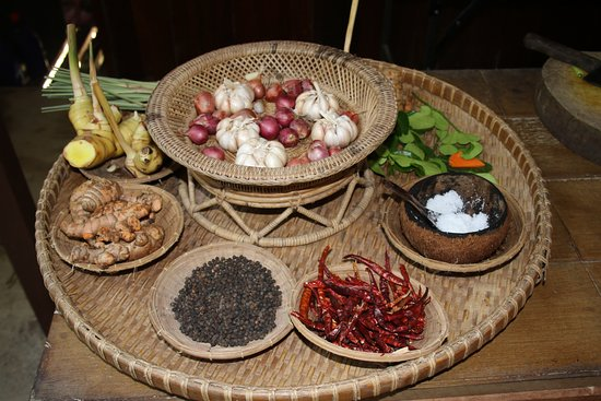 Chalong, Thailand: Various spices