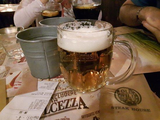 Orio Al Serio, Italia: birra che delizia