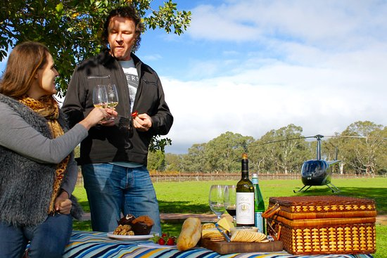 Grampians, Australia: Enjoy a picnic at a vineyard