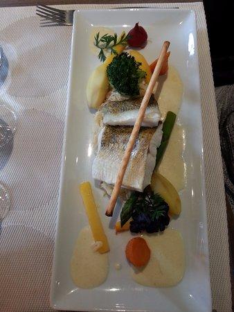 Guebwiller, France: poisson sur choucroute