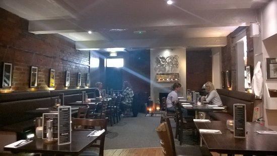 写真Retreat Grill, Bar and Restaurant枚