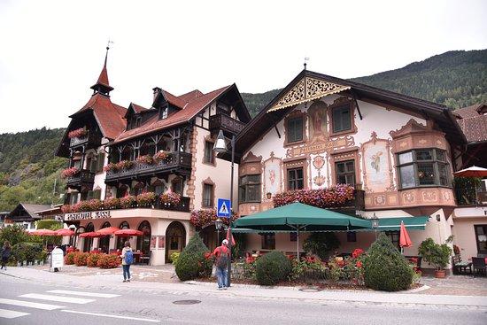 Oetz, Autriche : 가게의 외관입니다. 외관만큼 내부도 예쁘며, 2층이 좋습니다.