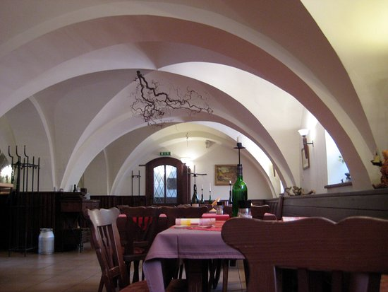 Neubrandenburg, Jerman: Das Gewölbe des Fürstenkellers