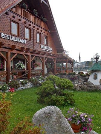 Frymburk, República Tcheca: Hoteleingang