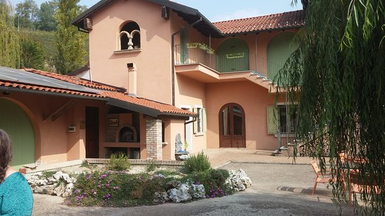 Castelnuovo Calcea 사진