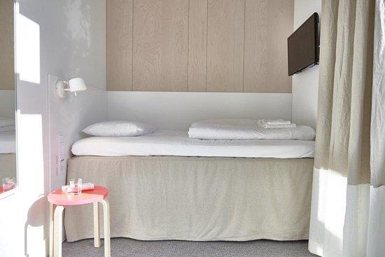 Almhult, İsveç: Cabin Room
