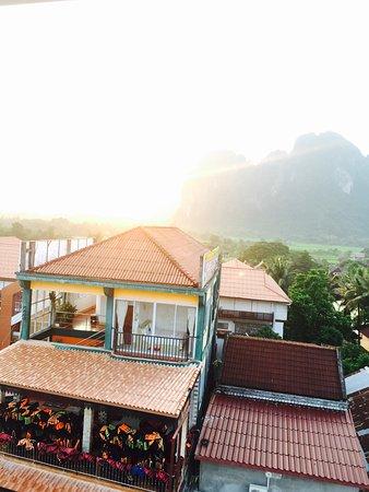 Real Vang Vieng Backpacker Hostel 2