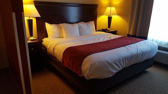 Comfort Suites: 20161007_172014_large.jpg