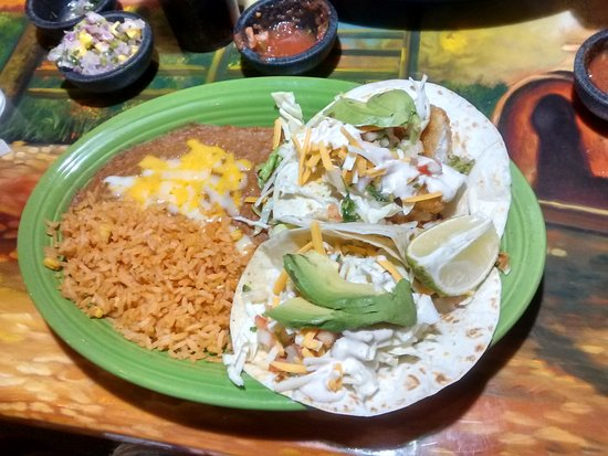 Soldotna, AK: Awesome dinner...Fish Tacos ordered at Senor Pancho's